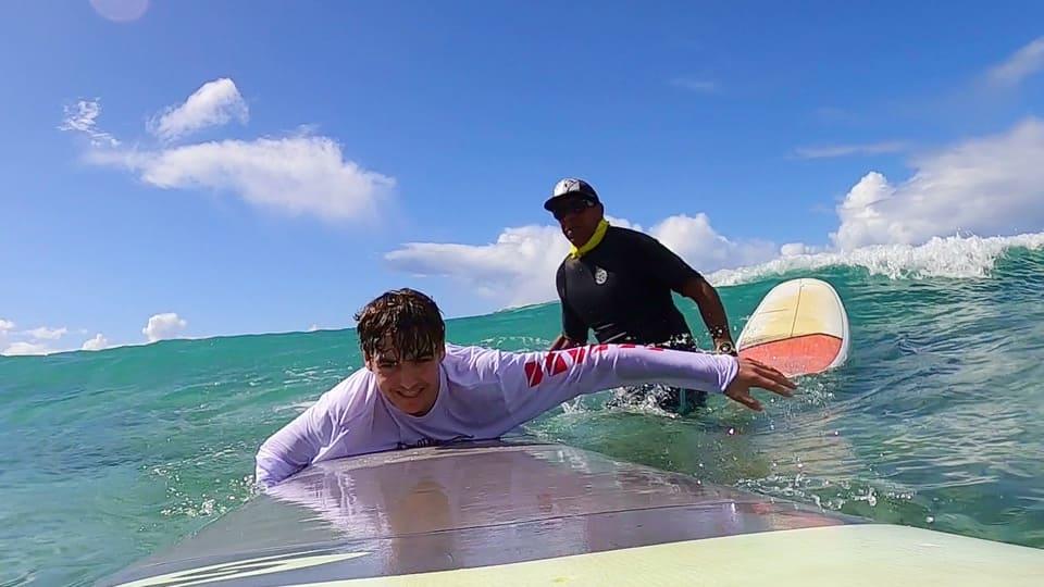 start surfing kahu surf school