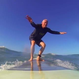 kahu surf school