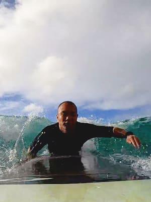 surf lessons in waikiki beach 1